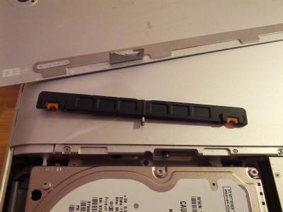 MacBook Befestigung HDD Steg