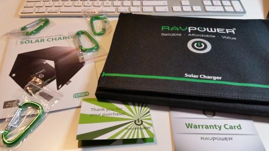 RavPower-Solar-Ladegerät-15Watt-2