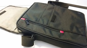 V7-messenger-bag-10